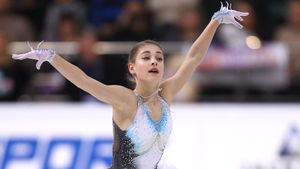 «Просто несравнимая». Тарасова восхитилась Косторной, выигравшей короткую программу наЧР