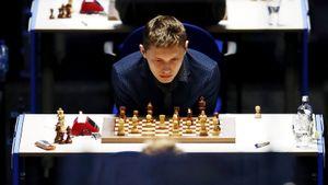 Русский вундеркинд обыграл лучшего шахматиста мира Карлсена. Есипенко научился играть за 2 дня и восхищал Якубовича