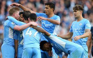 «Манчестер Сити» обыграл «Бернли» и продолжает погоню за «Ливерпулем»