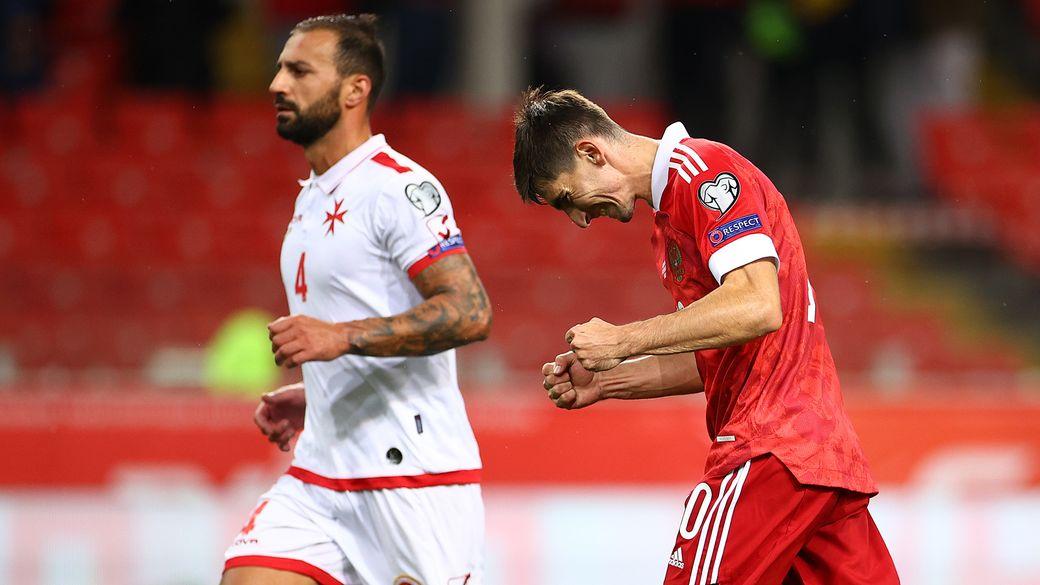 Унылая игра сборной России, которую оправдывает лишь результат. За команду тревожно, но Карпин пока без провалов