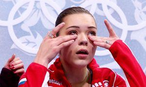 Директор Сотниковой: «Аделине ввинтили в позвоночник 6 титановых шурупов!»
