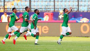 Мадагаскар впервые вистории выиграл матч наКубке Африки. Нофамилия автора гола здесь неуместится