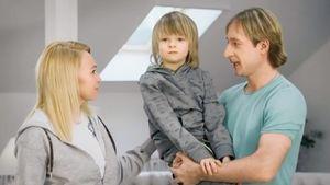 «Низко использовать ребенка для путинских поправок». Плющенко и Рудковскую раскритиковали за ролик про Конституцию