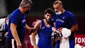 Сумасшедший российский борец выиграл 2 подряд схватки в последние 10 секунд. Он в финале Олимпиады