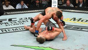 Боец UFC вырубил соперника «ударом Супермена». Самый красивый нокаут марта