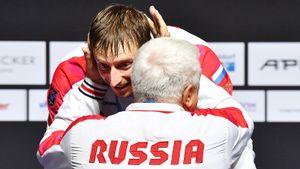 У России первое золото на чемпионате Европы по фехтованию. Саблист Решетников спас сборную от позора