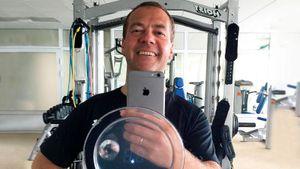 Премьер-министр РФ Медведев рассказал, как поддерживать себя в форме