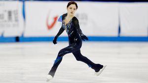 Медведева упала и ударилась о борт на Skate Сanada: отставание от лидера — 20 баллов. Трусова — 3-я