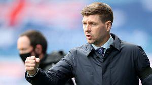 Стивен Джеррард признан лучшим тренером сезона в чемпионате Шотландии