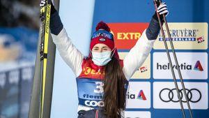 Русская лыжница-красавица Ступак выиграла в финале Кубка мира. Но на подиуме ей не дали станцевать