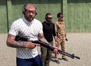 Экс-боец UFC Смоляков: «Емельяненко зашел всупермаркет состволом перед боем сКокляевым»