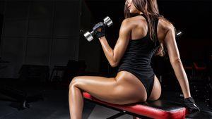 «Мужики воняют меньше, а женщины — до тошноты». Почему ЗОЖ — это трындеж: откровения фитнес-тренера Виктории