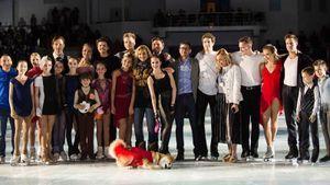 Загитова с олимпийской программой, собаки на льду: как прошло первое шоу Этери Тутберидзе