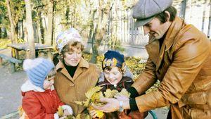 Как выглядели в молодости красавицы-жены советских звезд хоккея. Истории любви Третьяка, Харламова и Фетисова