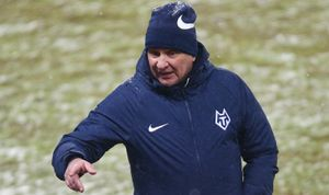 У тренера «Тамбова» Первушина есть три предложения от российских клубов