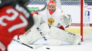 Хоккеисты сборной России Мичков и Иванов вошли в символическую сборную ЮЧМ-2021