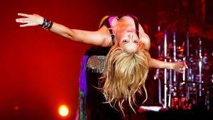 Как Шакира привела себя вформу квыступлению сДжейЛо. Тренер запрещал ейпользоваться телефоном
