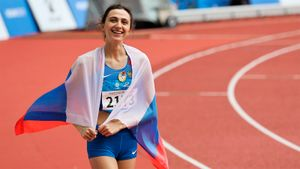 Ласицкене впервые за4 года отпраздновала победу сфлагом России. Такого может больше инебыть
