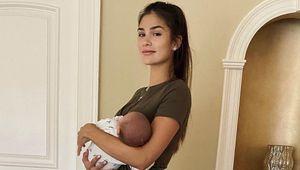 Овечкин и его жена отметили важную дату милым совместным фото: «1 месяц нашему малышу»
