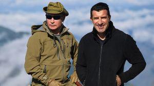 «Путин — сильный человек». Обладатель «Золотого мяча» Фигу приехал в Россию: похвалил президента и наших игроков