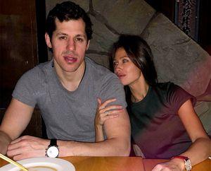 Жена Малкина сравнила с бурей свои эмоции от голов мужа