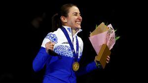 Конькобежка Голикова принесла России первое золото на 500 м за 25 лет. В честь ее победы звучала музыка Чайковского