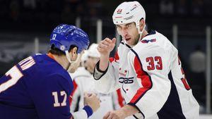 Красивая история из Америки. Главный хоккейный гигант Хара спустя 20 лет вернулся в свой первый клуб НХЛ
