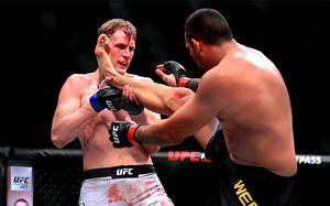 Александр Волков подерется за титул UFC. Что случилось на турнире в Лондоне