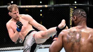 «В реванше не доживет до 3-го раунда». Русского тяжа Волкова побили в UFC, но он не чувствует, что проиграл