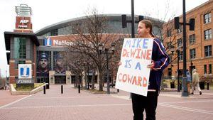 «Паники нет, народ не сходит с ума». Как коронавирус изменил жизнь в США: рассказывают русские легенды НХЛ