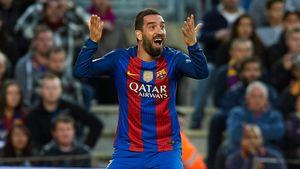 Арду Турана приговорили к 32 месяцам лишения свободы. Он по-прежнему принадлежит «Барселоне»