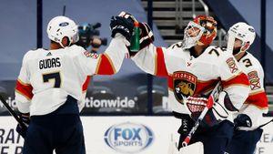 Бобровский стал первой звездой дня в НХЛ