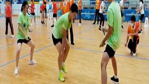 Новый мировой рекорд по прыжкам через скакалку: «Кажется, что невозможно двигаться с такой скоростью!» (ВИДЕО)