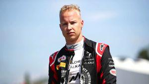 Первое большое интервью русского гонщика Формулы-1 Мазепина. О преклонении колена, запрете флага, отце и ММА