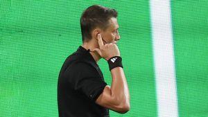 Обнародована запись переговоров судей по скандальному пенальти в ворота «Спартака» в матче с «Сочи»: видео