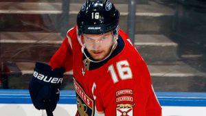 Россия сама отказалась от звезды мирового хоккея. Теперь Барков— лучший форвард оборонительного плана в НХЛ