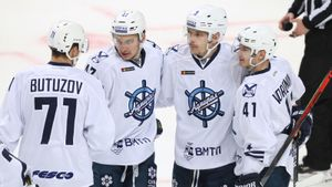 Из-за коронавируса начали ликвидировать хоккейные клубы. В новом сезоне КХЛ не сыграет «Адмирал»
