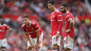 «Манчестер Юнайтед» потерпел первое поражение в сезоне, проиграв «Астон Вилле» на «Олд Траффорд»