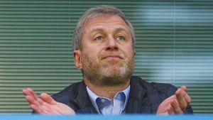 Скандал с Абрамовичем: в Англии его обвинили в покупке прав на игроков соперников «Челси» через подставные компании
