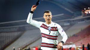 Роналду грозит дисквалификация за скандал на последних минутах матча с Сербией. Но он останется капитаном сборной