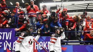 Россия чуть незаставила рыдать родителей канадских звезд. Они увидели страшный позор сыновей наМЧМ
