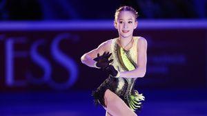 Ученица Тутберидзе Акатьева исполнила тройной аксель в каскаде на турнире в Москве