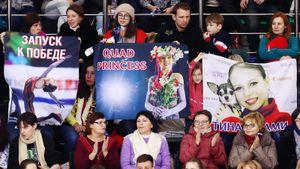 Фанаты фигурки воюют из-за Трусовой: одни требуют лишить ееконтракта, другие устроили флешмоб споддержкой