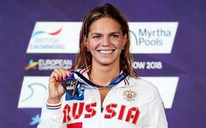 Юлия Ефимова уничтожила соперниц на 100-метровке. Русская вечеринка на ЧЕ по плаванию продолжается!