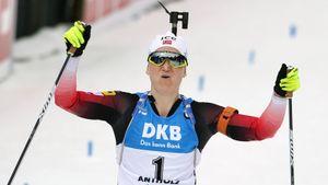 Ройселанн выиграла 5-е золото и 7-ю медаль ЧМ по биатлону. Юрлова-Перхт — 6-я в масс-старте