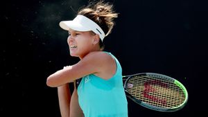Лучшая теннисистка России вела в 3-м сете 5:1, но покинула «Ролан Гаррос». Касаткина внезапно в 3-м круге