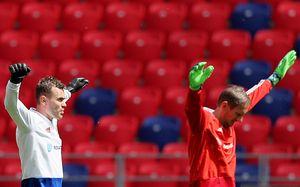 Футболисты сыграли в гандбол, Мутко на тренировке. Сборная России перед матчем с Турцией