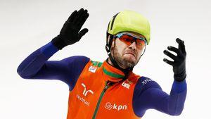 Показавший средний палец Виктору Ану голландский конькобежец едва не сгорел заживо в своем доме