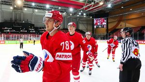 Россия поиздевалась над белорусами перед Канадой. Забили пять уже в первом периоде и успокоились