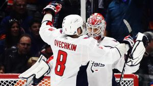 «Такого хоккеиста, как Овечкин, не будет еще 200 лет». Русский вратарь покоряет лучшую лигу мира